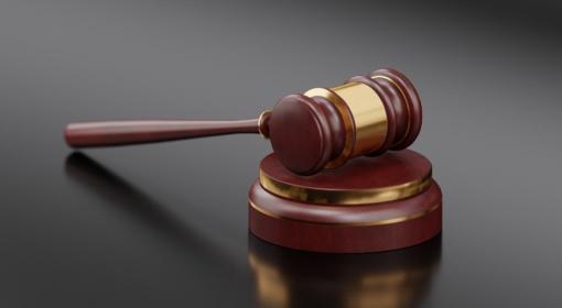 Teismui perduota 300 tūkst. eurų iššvaistymu kaltinamos bendrovės vadovės byla