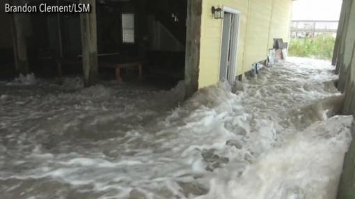 """Uraganas """"Florence"""" smogė rytinei JAV pakrantei (vaizdo medžiaga)"""