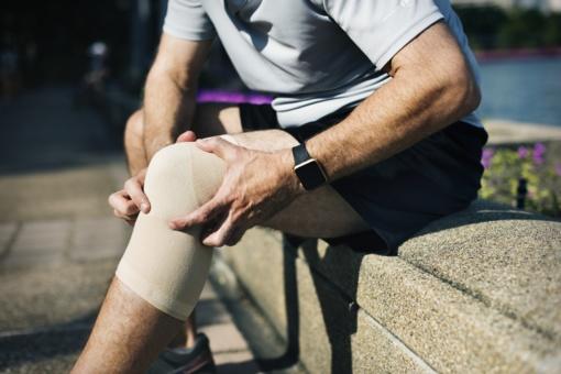 KTU mokslininkių eksperimentai: osteoartrito gydymui kūrė dirbtinį audinį iš želatinos