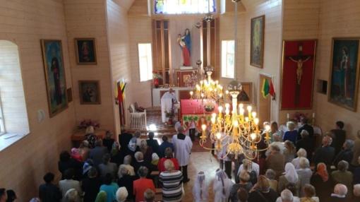 Šventė Ceikinių bažnytėlėje