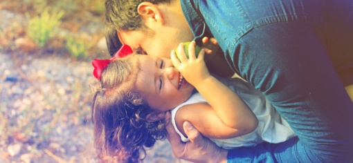 Ką daryti, jei vienas iš tėvų kitam neleidžia matytis su vaiku