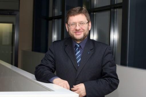 V. Simulik elgesį tirs Etikos ir procedūrų komisija