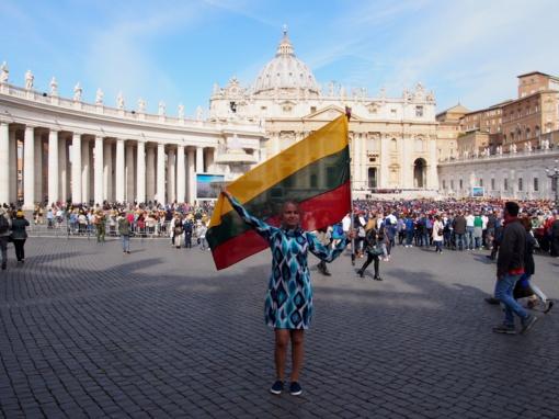 Ką reiškia sutikti popiežių?