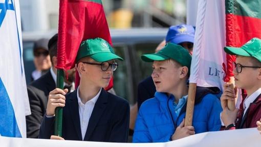 """Lietuvos mokiniai eis """"Atminties keliu"""" ir skaitys Holokausto aukų vardus"""