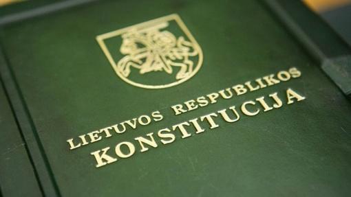 Kviečia dalyvauti Konstitucijos egzamine