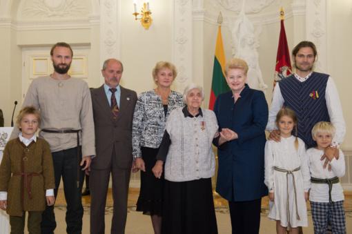 Prezidentė apdovanojo 39 žydų gelbėtojus - žmogiškumo, pasiaukojimo ir drąsos mokytojus