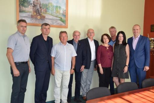 Pasaulio kybartiečių draugijos atstovai lankėsi Savivaldybėje