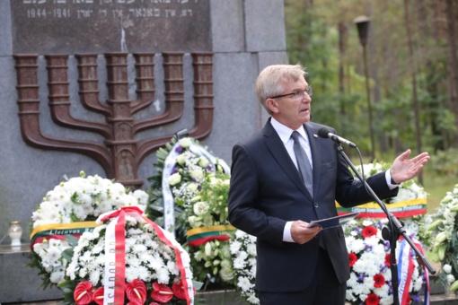 Seimo Pirmininkas: šiandien išgyvename atgailą už skriaudą, padarytą žydų tautai