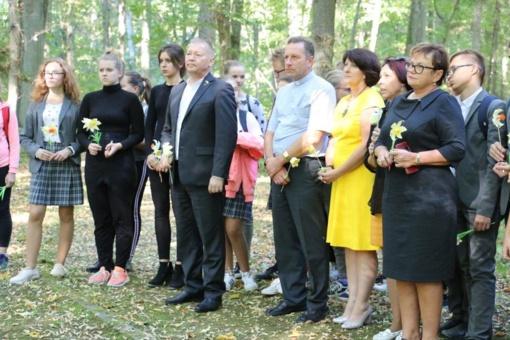 Lietuvos žydų genocido dieną Atminimo akmenimis įamžintas žydų atminimas