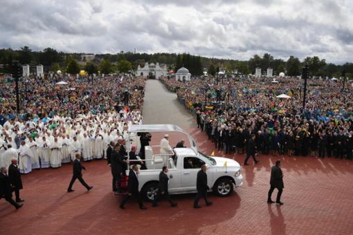 """Popiežius Pranciškus: """"Yra įmanoma kurti bendrystę esant skirtingumams"""""""