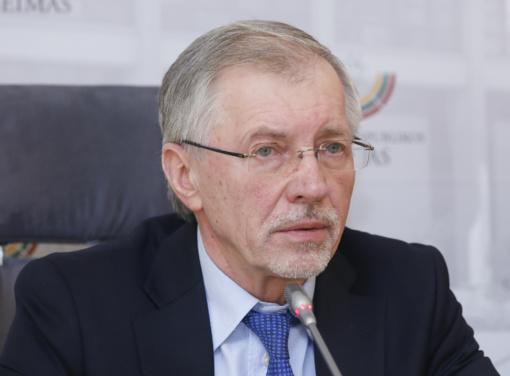 """G. Kirkilas """"Krizės komisijoje"""": elgėmės teisingai"""
