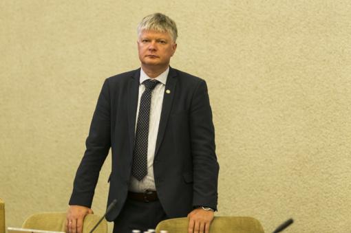 """K. Navickas: ES tikslai dėl automobilių taršos mažinimo geri, bet Lietuvos meistreliai """"patobulina"""" naująsias technologijas"""