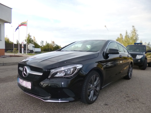 """Vokietijoje pasisavintas naujas """"Mercedes-Benz"""" tą pačią dieną sulaikytas Lietuvoje"""