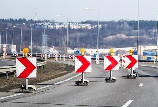 Atnaujinami Č. Radzinausko tilto rekonstravimo darbai