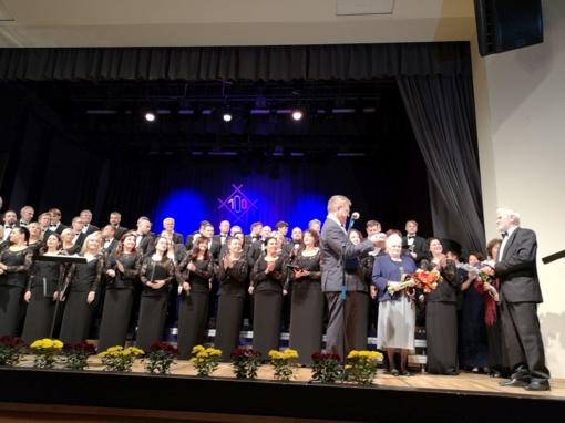 Įteiktas Biržų rajono savivaldybės garbės piliečio ženklas