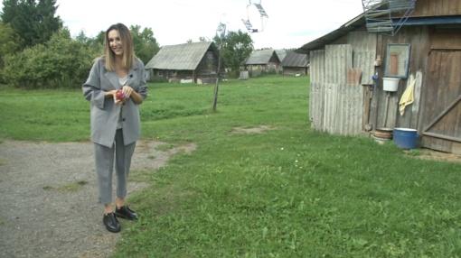 """Vaikystės namus parduodanti Katažina nesulaiko ašarų: """"Visą laiką norėjau pabėgti iš kaimo į didmiestį"""""""