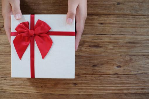 Renkame dovaną JAI: dovanų rinkiniai