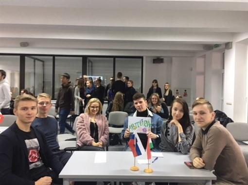 Europos kalbų diena ŠU gimnazijoje