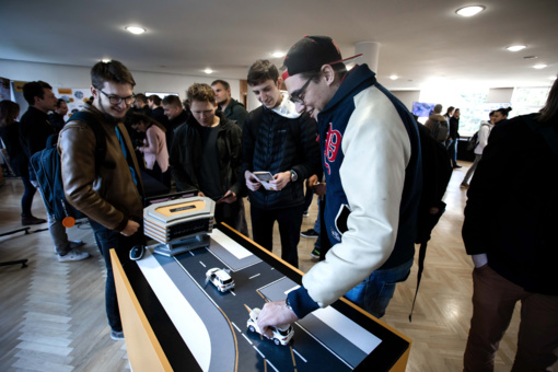 """Į Lietuvą įžengusi """"Continental"""" jau dairosi talentų: prisistatė KTU studentams"""