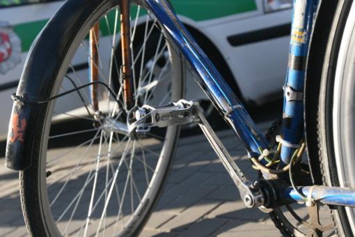 Raseinių rajone parblokštas dviratininkas