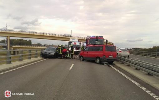 Per savaitę eismo įvykiuose žuvo penki žmonės