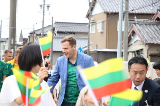 """Japonija parolimpiečius pasitiko """"Lietuva brangi"""" akordais"""