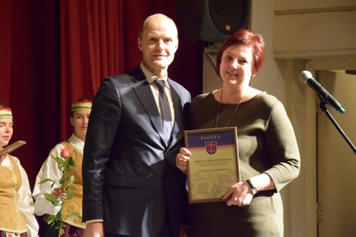 Tarptautinės Mokytojų dienos proga pedagogams įteiktos padėkos ir dovanotas šventinis koncertas