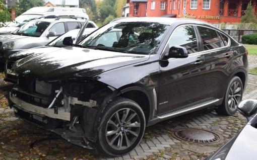 Naujutėlis BMW apvogtas svečių namų teritorijoje Druskininkuose