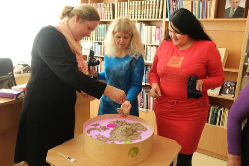 Bibliotekoje netradiciškai paminėta socialinių darbuotojų diena