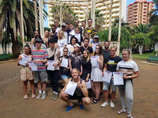 """,,Romuvos""""  gimnazistai  - tarptautinio Erasmus  + projekto HELP dalyvių susitikime Tenerifėje"""