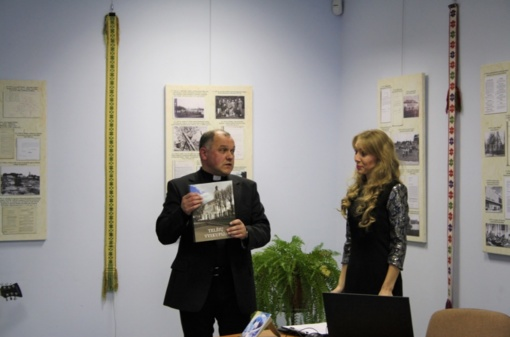 Muziejuje pristatyta kraštietės Kazimieros Šimkienės poezijos knygelė