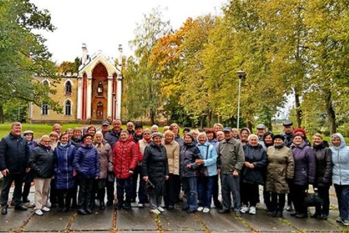 Naudinga pamoka-išvyka po Radviliškio rajoną Trečiojo amžiaus universiteto lankytojams
