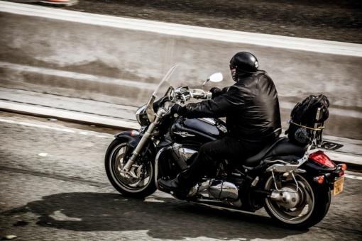 Motociklininkams – švelnesnės nuobaudos ir toleruojamos promilės