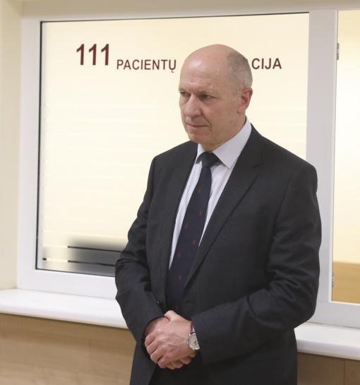Prof. F. Jankevičius apdovanojamas už viso gyvenimo pasiekimus vėžio tyrimų srityje