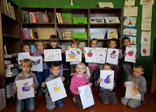 """Edukacinė–kūrybinė popietė su ikimokyklinukais """"Skaitom apie rudenį ir kuriam"""""""