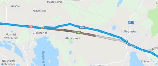 Dėl avarijos autostradoje susidarė didžiulė spūstis (eismas atnaujintas)