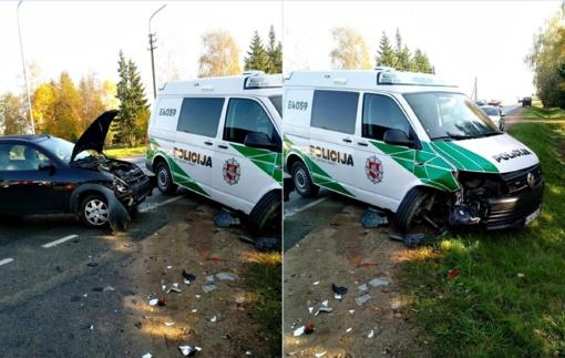 Gretos mažėja: sudaužytas dar vienas policijos komisariatas ant ratų