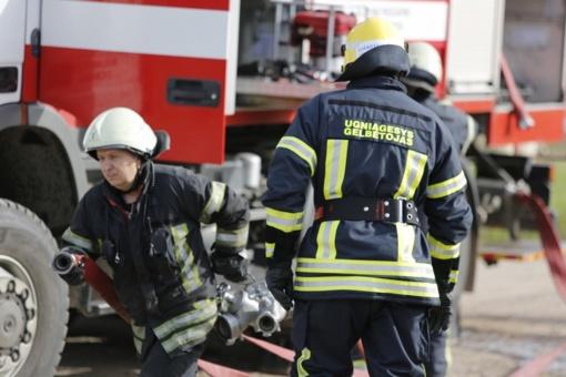 Šakių rajone gesintas socialinės globos namuose kilęs gaisras