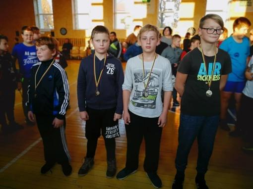 Jaunieji AKKSC imtynininkai pasipuošė medaliais