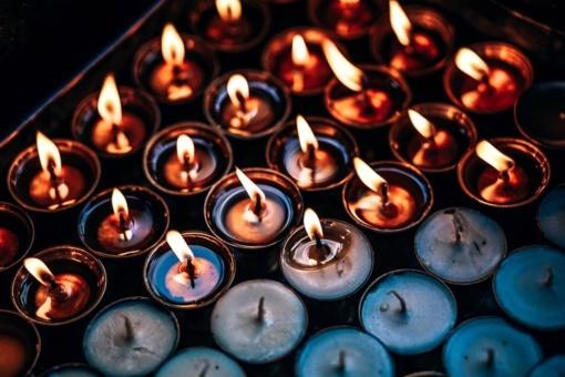 Siūloma įteisinti dar vieną šventę - Vėlines
