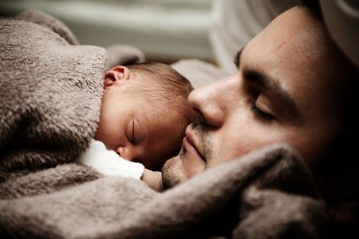 Ilgas miegas – pavojingesnis nei nemiga?