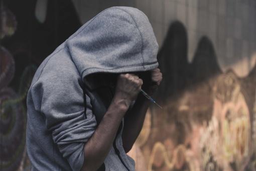 Sulaikyti narkotikų platinimu įtariami uteniškiai
