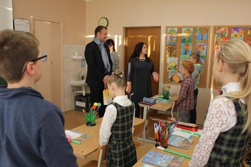 Miesto meras aplankys Šiaulių metų mokytojus