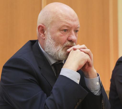 E. Gentvilas: valdantieji pažeidinėjo Seimo statutą, nes skuba į pinigų dalybas