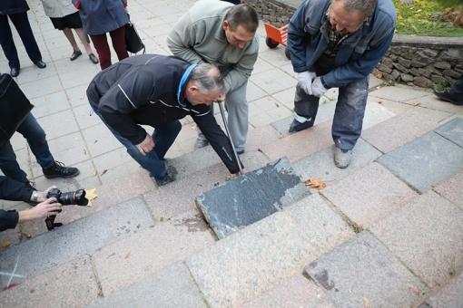 Žydų kapinių paminkliniai akmenys bus perduoti bendruomenei (vaizdo reportažas)