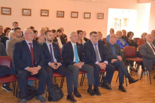 Su lazdijiečiais susitiko kandidatas į prezidentus V. Ušackas