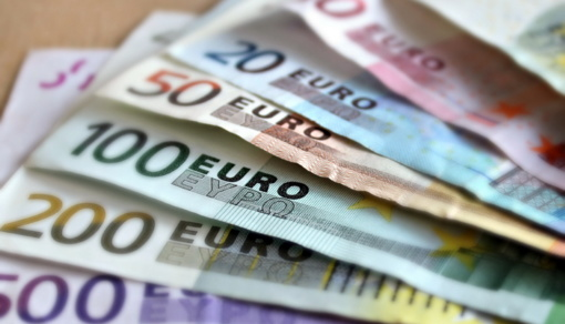 Tauragėje iš garažo pavogta 17 tūkst. eurų