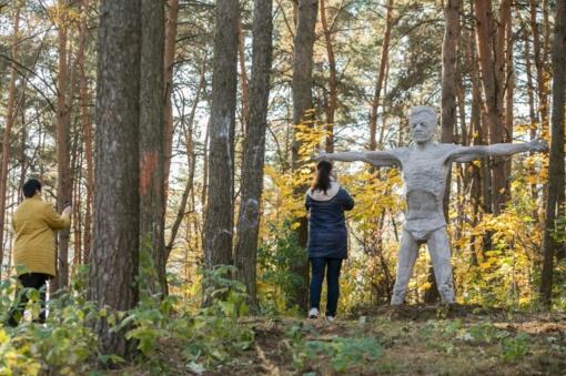 Šeškinėje naujas traukos centras – skulptūros užmenančios mįslę