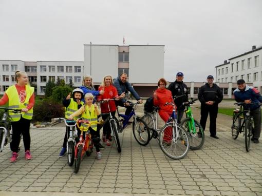 Kalvarijiečiai mynė dviračių pedalus ir bendravo su kraštiečiais