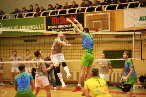 "Lietuvos tinklinio čempionato starte - dvi ""Amber Queen"" pergalės (vaizdo įrašas)"